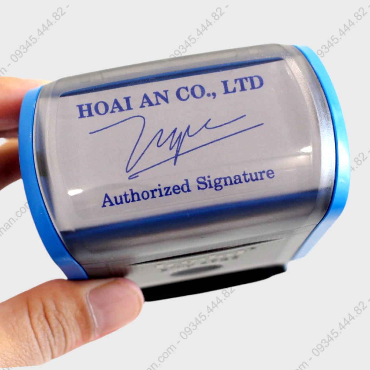 Khắc dấu chữ ký giá rẻ thiết kế theo yêu cầu, con dấu chữ ký được thiết kế tỷ mỉ nét mềm mại luôn được khách hàng lựa chọn.